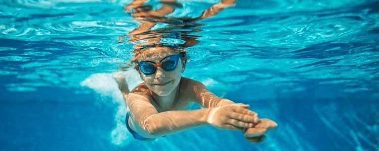 Maintaining Temperature of Swimming Pool